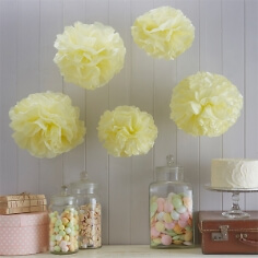 "PomPoms ""Fluffy"" in Lemon"
