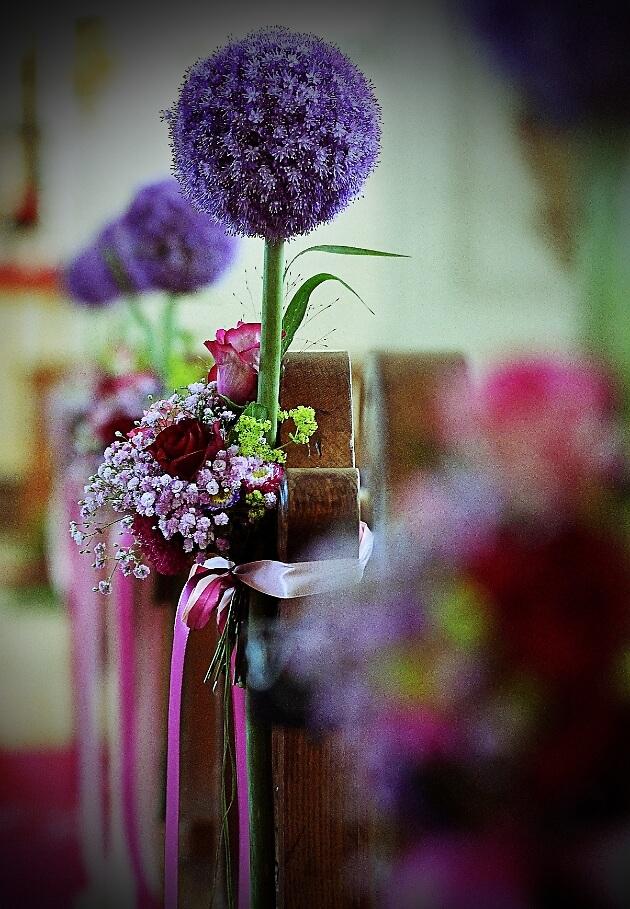 Blumedekoration zur Hochzeit