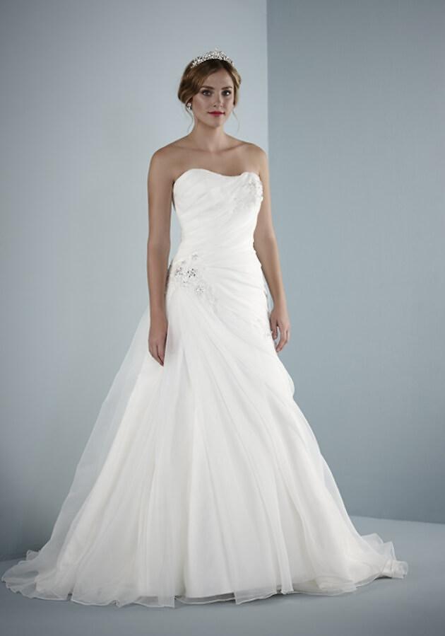 Hochzeitskleider Pure Bridal