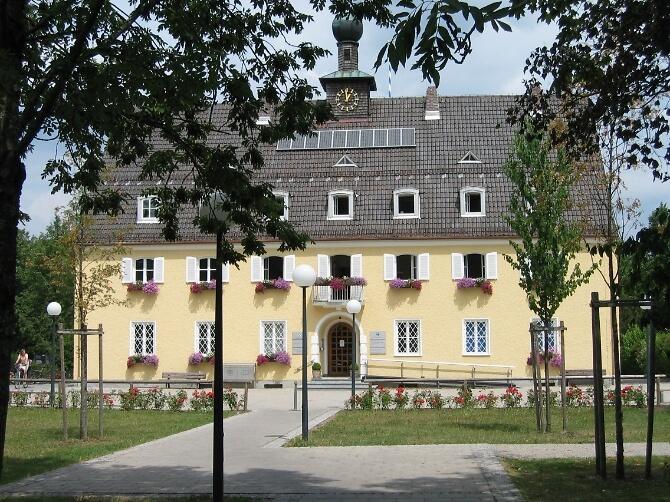 Rathaus Neubiberg