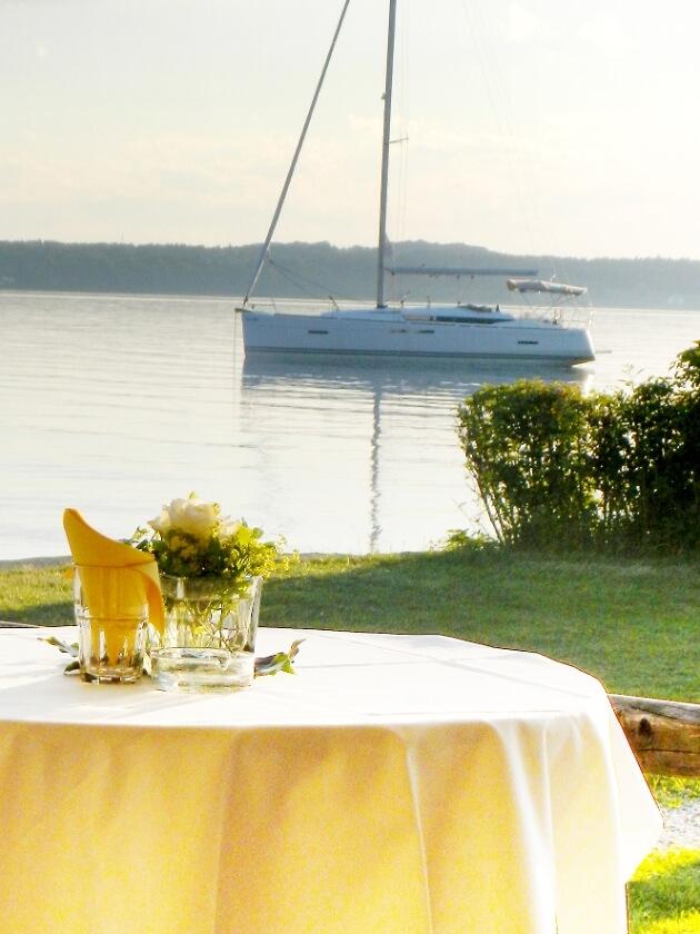 Blick auf den See vom Restaurant