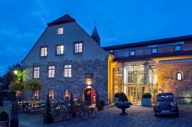 Kloster Hornbach am Abend