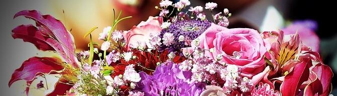 Blumenstrauß in Rosa Tönen