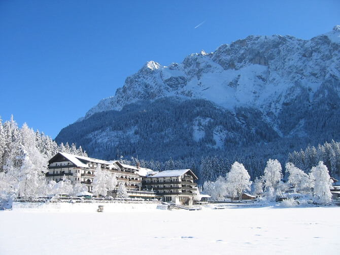 Verschneite Landschaft im Winter