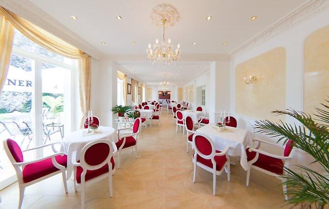 Restaurantbereich im Schloss