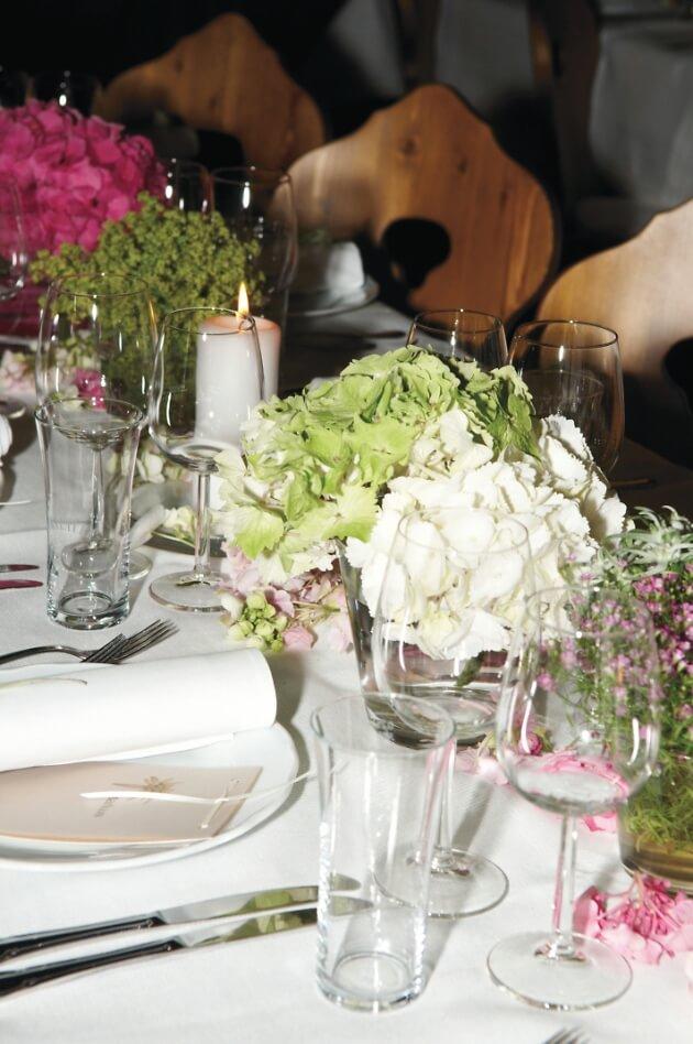 Blumendekoration für die Hochzeit
