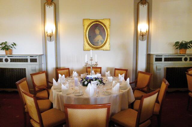 Hochzeitstafel im Golfhotel