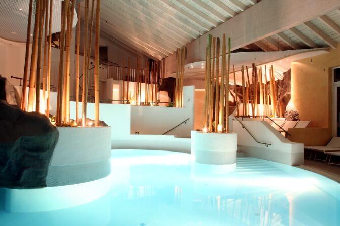 Pool des Resorts