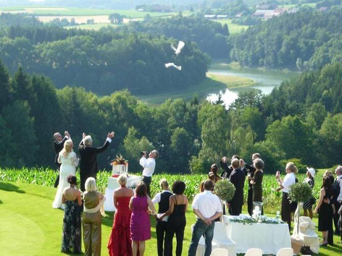 Hochzeitsfeier am Golfplatz