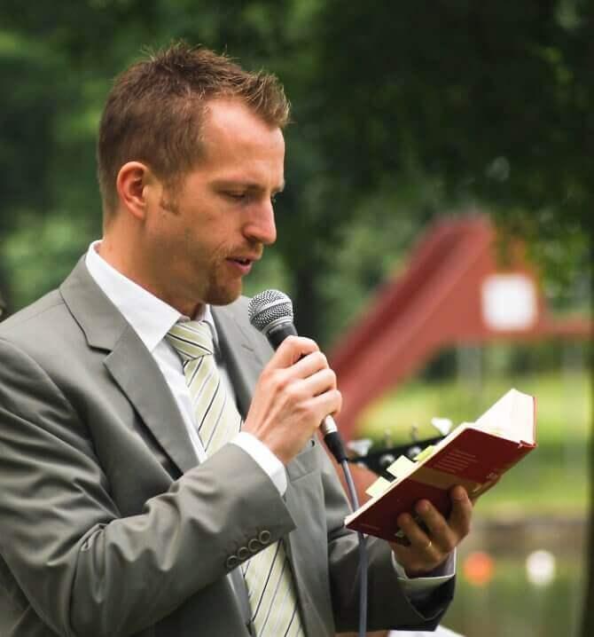 Redner zur Hochzeit