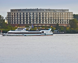The Rilano Hotel Hamburg - direkt an der Elbe