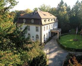 Blick auf Villa Altenburg