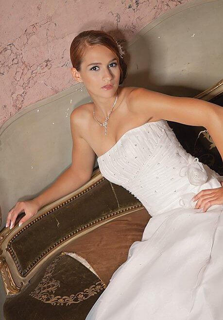 Brautkleid Amera Vera B73