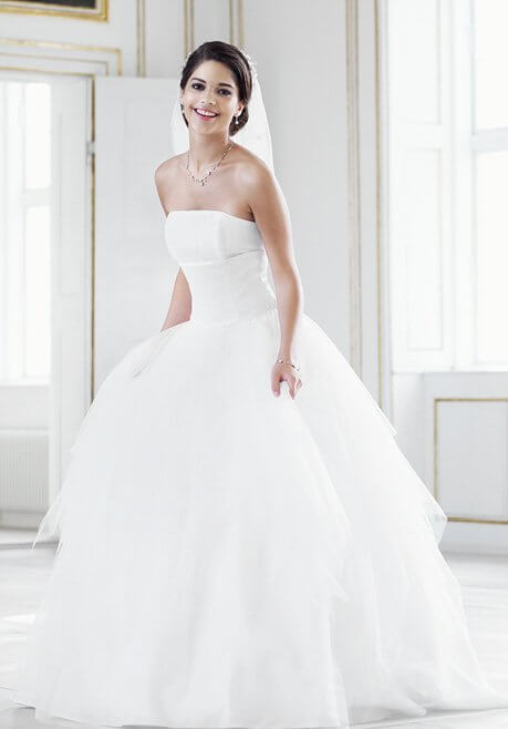 Brautkleid Pure White by LILLY 08-3203-WH