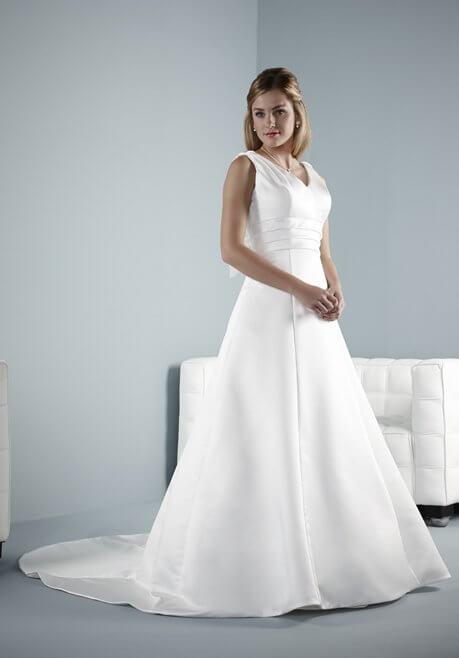 Brautkleid Pure Bridal Bacelo