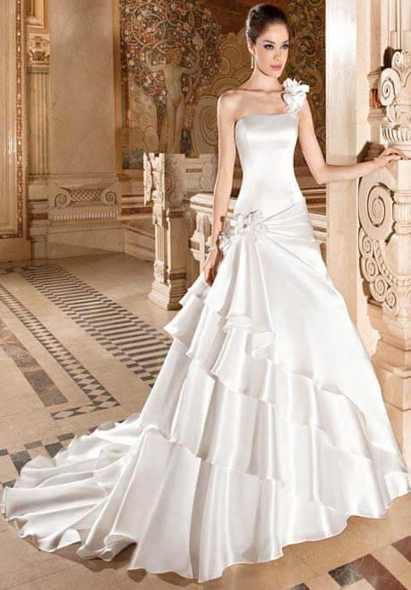Brautkleid Demetrios 3227