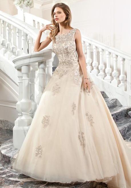 Brautkleid Demetrios C205