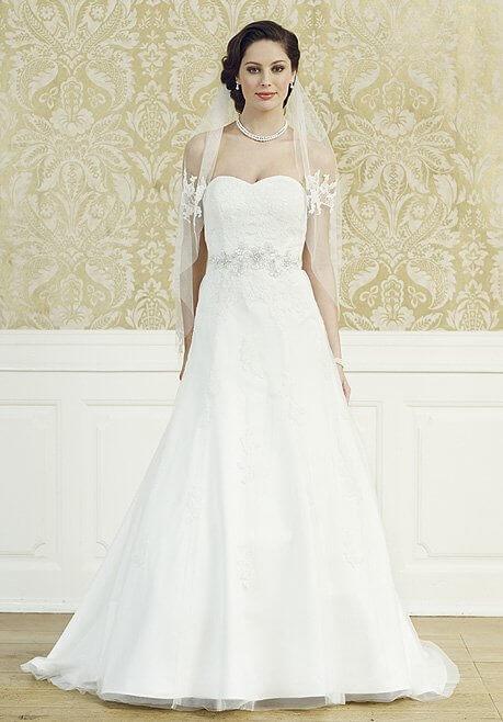 Brautkleid LILLY Kollektion 08-3527