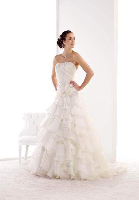 Brautkleid Mademoiselle Amour Carmen - HL08