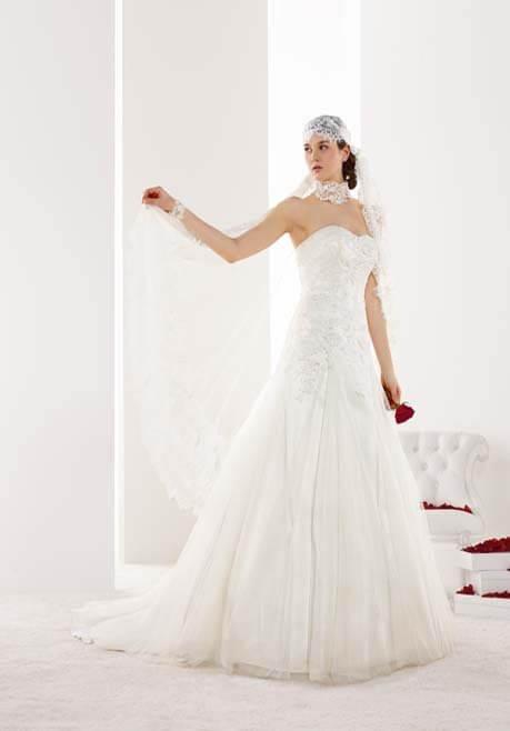 Brautkleid Mademoiselle Amour De Calais - LB42