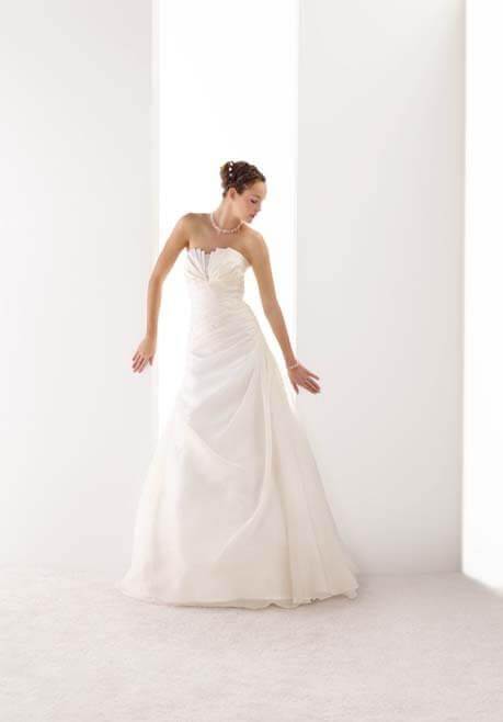 Brautkleid Mademoiselle Amour de Calma - LB39