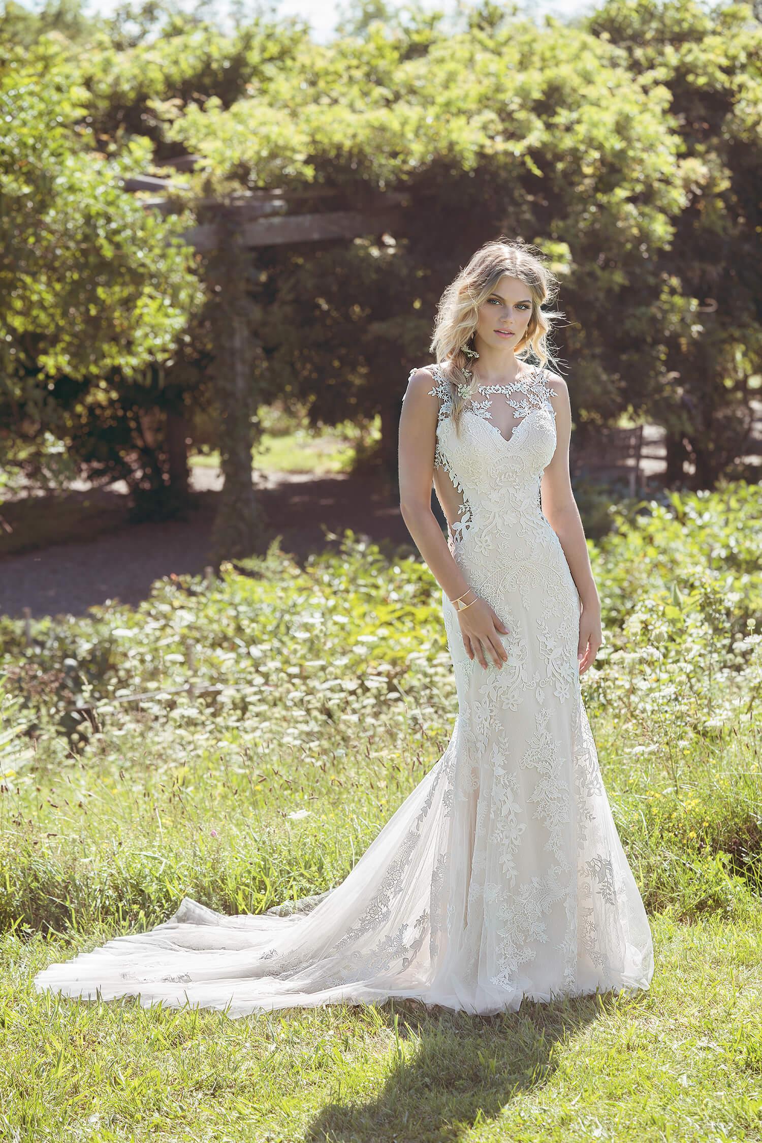 Brautkleider, Hochzeitskleider, Brautmode-weddix