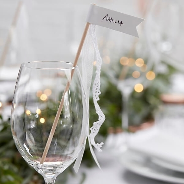 platzkarten wedding wands mit faehnchen