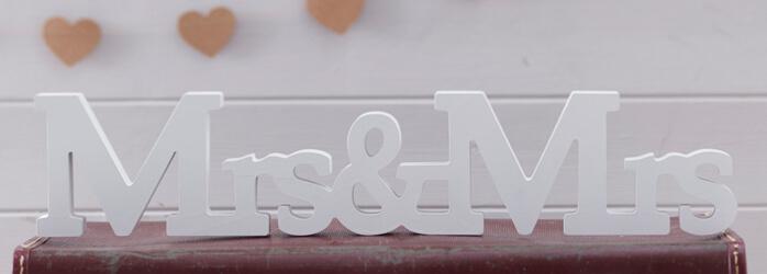 1512034219893-mrs-mrs-detail.jpg
