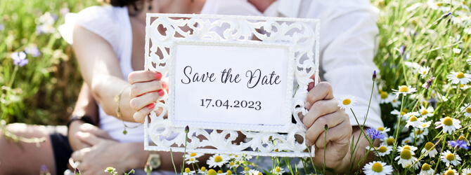 1586430361947-save-the-date-shop.jpg