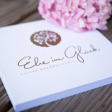 Eintragbuch Hochzeitstage Dekoriert