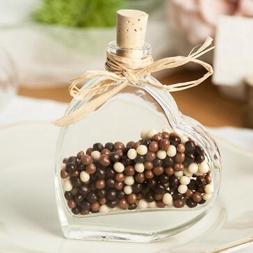 Gastgeschenk Fläschchen in Herzform mit Perlen