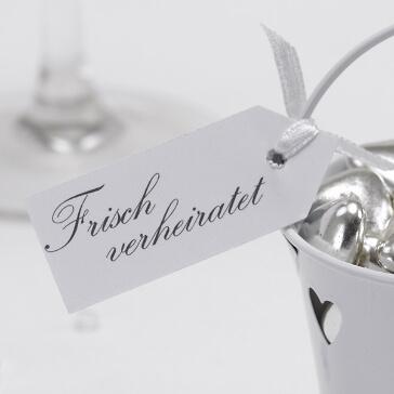 Geschenkanhänger Frisch verheiratet in Weiß