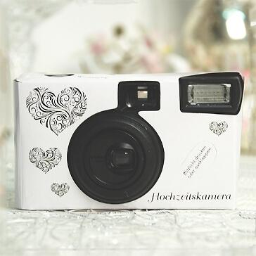 Hochzeitskamera Silberherzen in Weiß