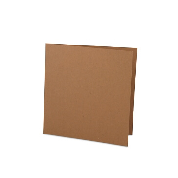 Quadratische Hochzeitskarte aus Kraftpapier