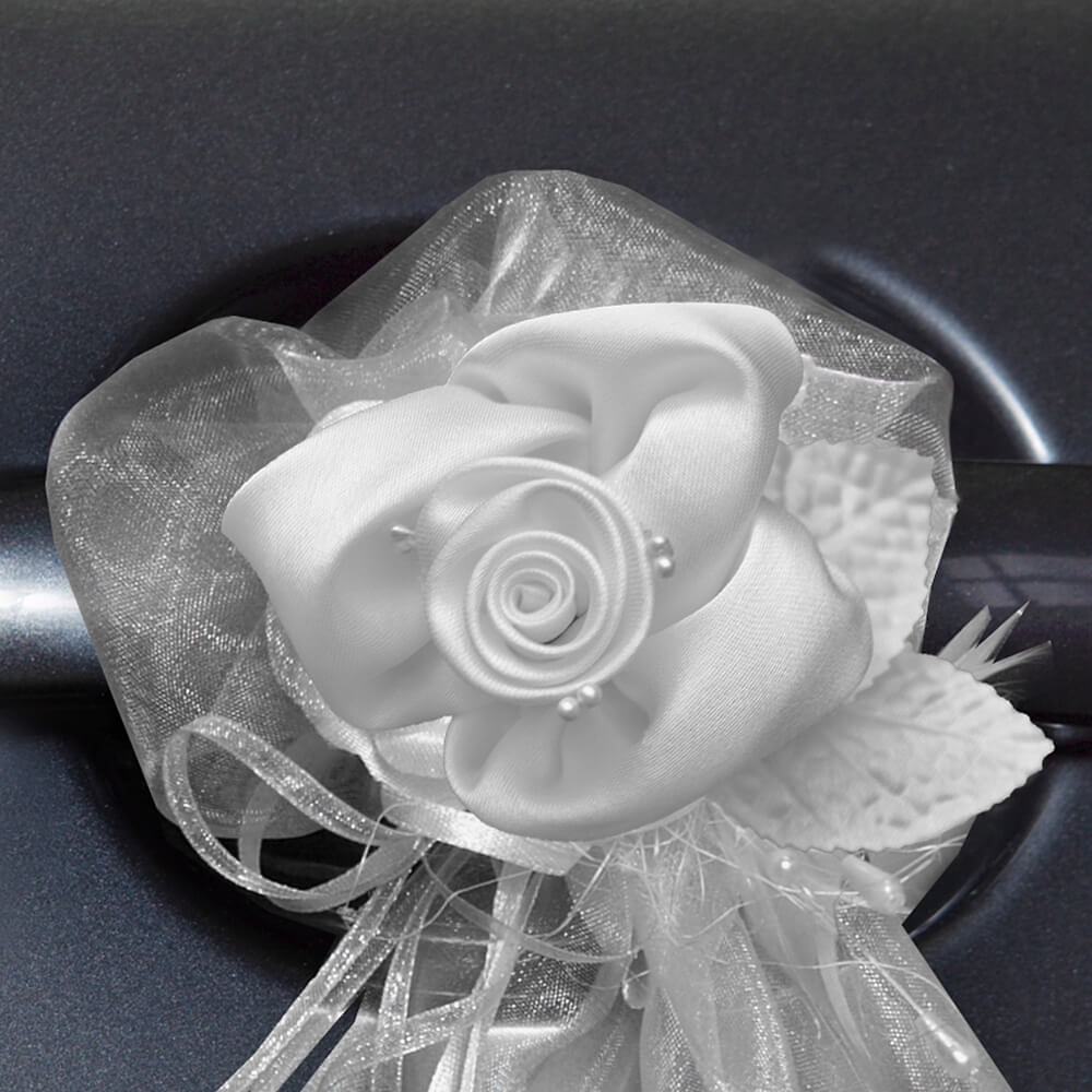 hochzeitsdeko auto rose 2 st wei. Black Bedroom Furniture Sets. Home Design Ideas