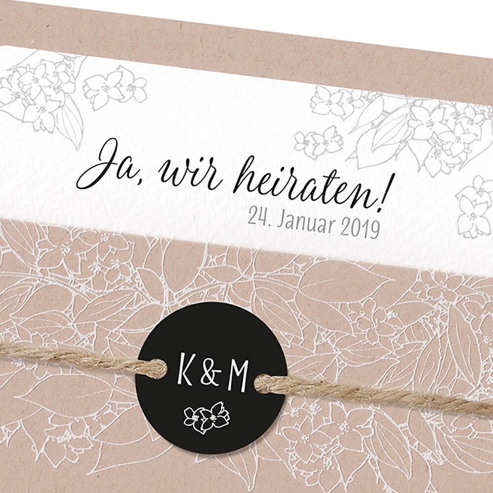 Einladungskarte hochzeit rosie geöffnet und dekoriert hochzeitseinladung rosie detail