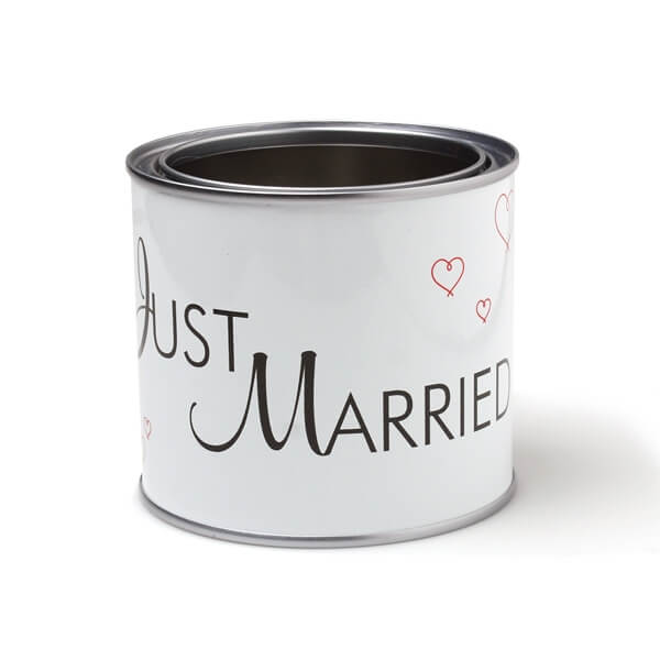 blechdose just married. Black Bedroom Furniture Sets. Home Design Ideas