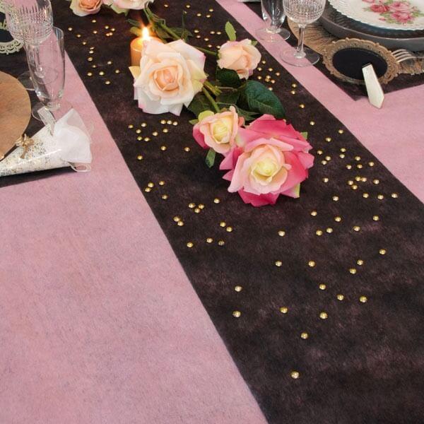 Tischlaufer Vlies Apricot Zur Hochzeitsdeko Weddix De