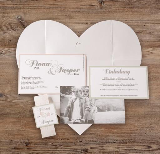 Lea Hochzeitseinladung Briefumschlag Als Herz ...
