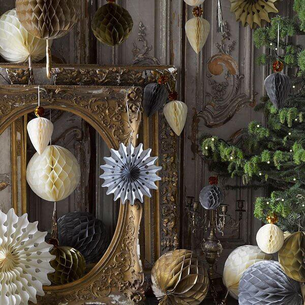 elegante papierf cher in silber gold creme zur hochzeit. Black Bedroom Furniture Sets. Home Design Ideas