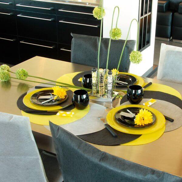 platzset kreis in gelb. Black Bedroom Furniture Sets. Home Design Ideas