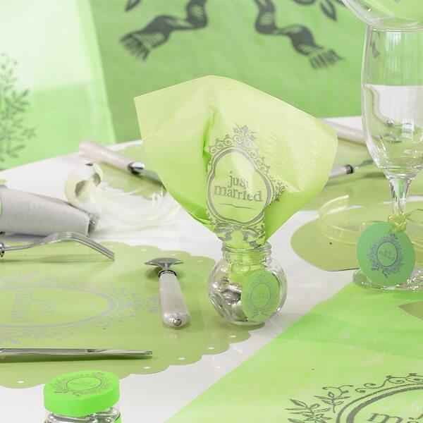 servietten just married in pink zur hochzeit. Black Bedroom Furniture Sets. Home Design Ideas
