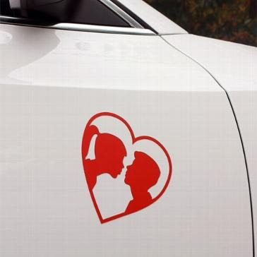 """Automagnet """"Küssendes Paar"""" in Rot"""