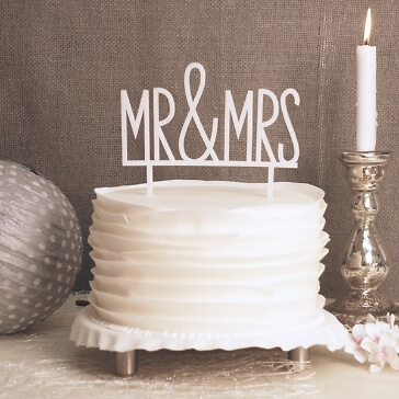 Cake Topper Mr & Mrs in Weiß