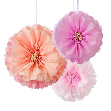 PomPoms in Blütenform für die Hochzheitsdekoration