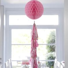 Wabenball mit Quasten-Girlande, pink-blush