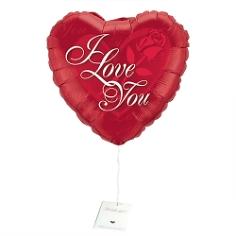 Schwebender Liebesbote mit Ihrer Botschaft