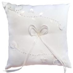 Ringkissen mit Perlen und Pailletten, weiß-creme