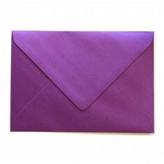 """Briefumschlag B6 """"Silky"""" von Artoz in Purpur"""
