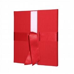 Gästebuch in Rot
